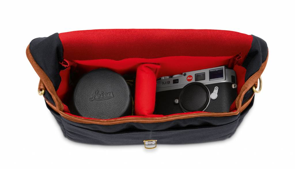ONA Bowery for Leica, canvas, black