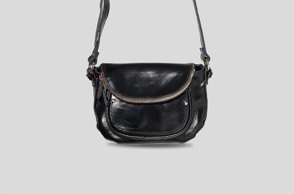 Schwarze Saddle Bag