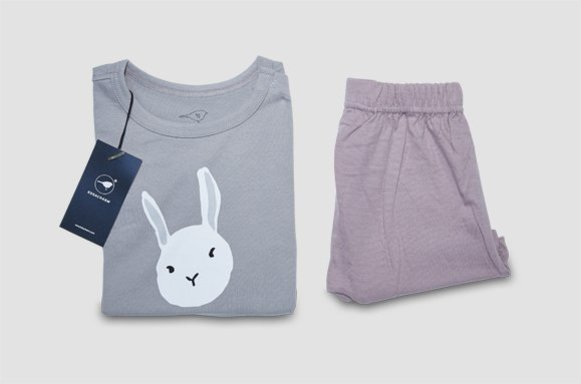 "Kinder Loungewear ""Moody Rabbit"""