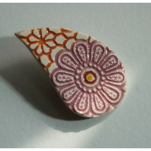 Stockwell Ceramics Textured pink and orange leaf shape brooch