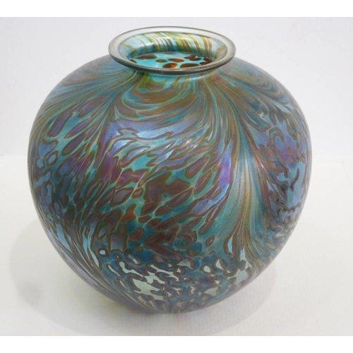 Isle of Wight Glass Featherspray Green Amphora lg.