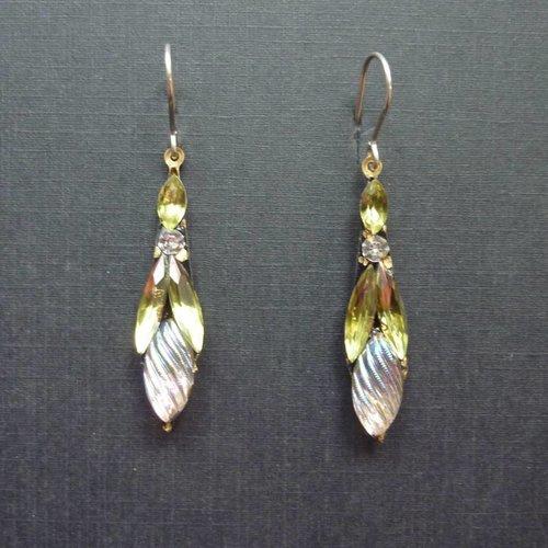 Annie Sherburne Vintage  green white Icicle drop crystal earrings