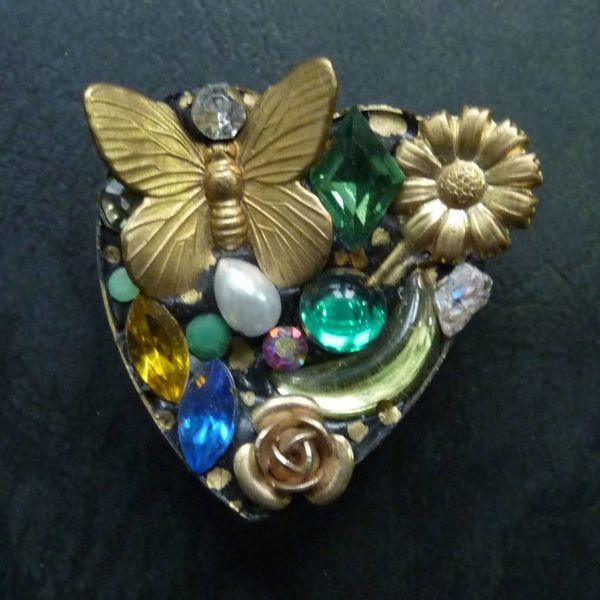 Vintage heart brooch crystal assemblage