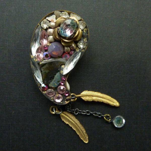 Vintage Paisley  brooch crystal assemblage