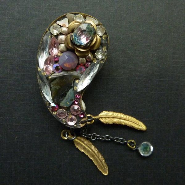 Vintage Paisley  pink crystal brooch