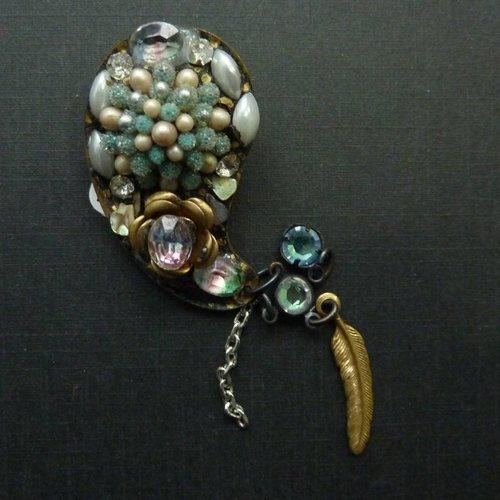 Annie Sherburne Copy of Vintage Paisley  pink brooch crystal