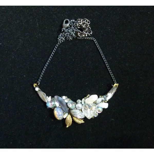Vintage Quartz Crystal Necklace with leaf