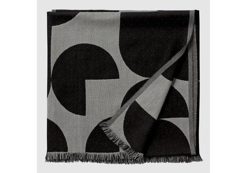 AYTM Forma throw - Grey & Black