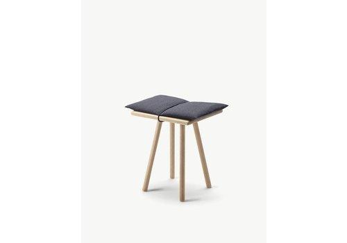 Skagerak Georg stool - Oak - Dark grey seatcushion
