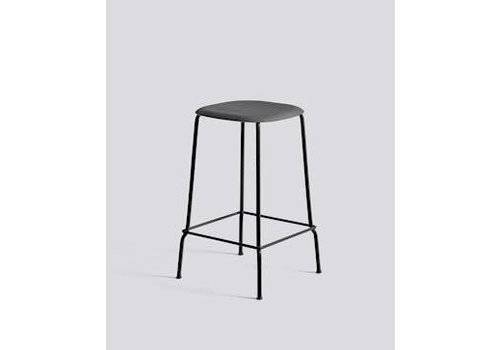 HAY Soft edge 30 - Low - Black steel - Soft Black stained seat