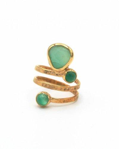Tonia Makri Ring met groene edelstenen