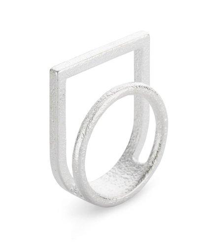 Ola Ring dubbel met kader zilver