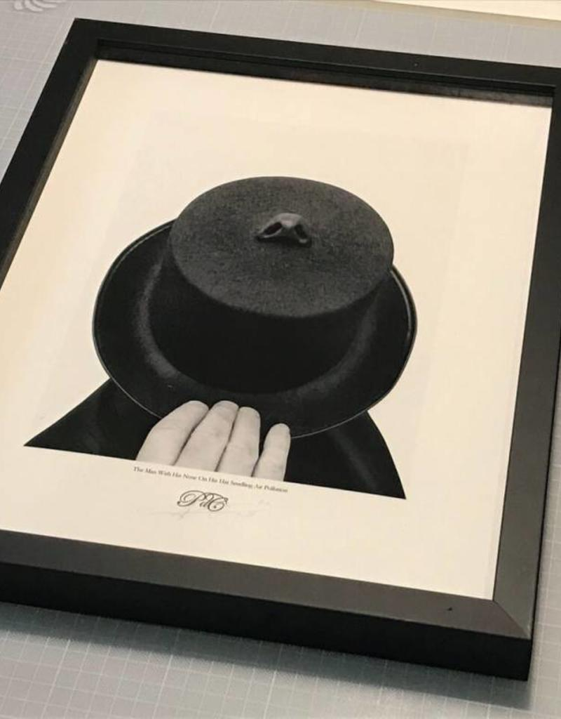 Editie Peter de Cupere 40x50 cm, The Man With His Nose on His Hat Smelling Air Pollution, 2015 - 2017