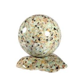 Amazoniet met graniet edelsteen bol 56 mm met standaard