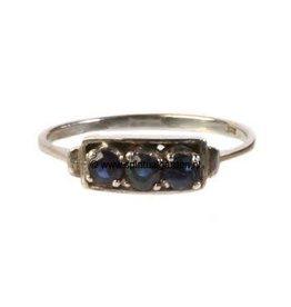 Zilveren ring saffier maat 16 3/4   rechthoek 3 stenen