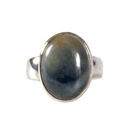 Zilveren ring saffier maat 18 1/4 | ovaal 1,8 x 1,3 cm
