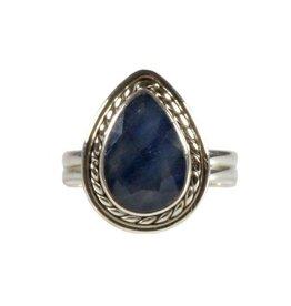 Zilveren ring saffier maat 17 1/2 | druppel facet 1,2 x 0,8 cm