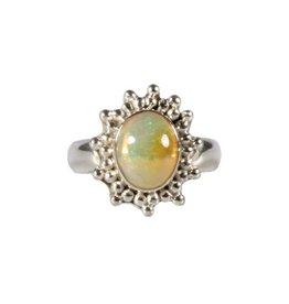 Zilveren ring opaal (edel) maat 17 | ovaal 1 x 0,8 cm