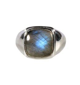 Zilveren ring labradoriet maat 20 1/2   vierkant 1,4 x 1,4 cm
