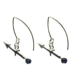 Zilveren oorbellen sterrenbeeld boogschutter met sodaliet