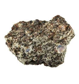 Saffier met granaat in gneiss 9,2 x 7 x 3,9 cm / 330 gram