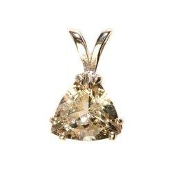 Zilveren hanger labradoriet (goud) facet driehoek 10 mm