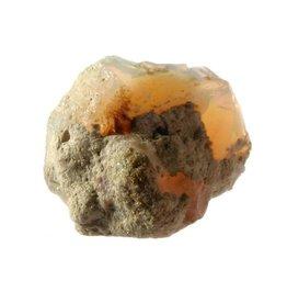 Opaal (edel) brokje 1,8 x 1,6 x 1,2 cm / 2,54 gram