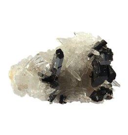 Huebneriet kristal met bergkristal cluster 3,5 x 2,5 x 2,5 cm / 13,88 gram