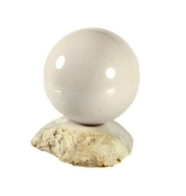 Opaal (cacholong) edelsteen bol 45 mm met standaard