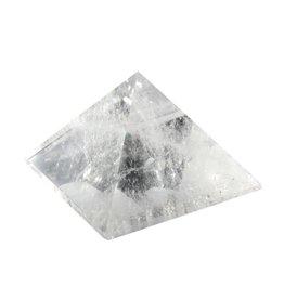 Bergkristal edelsteen piramide 6,3 x 6,3 x 4,2 cm / 180 gram