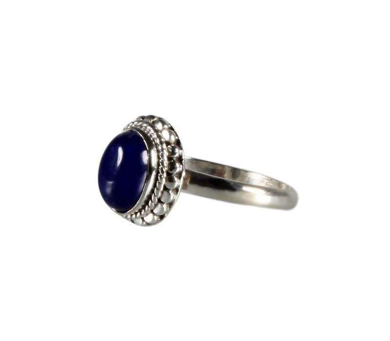 Zilveren ring lapis lazuli maat 17 | ovaal bewerkte rand