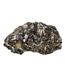 Saffier kristallen in gneiss 200 - 250 gram