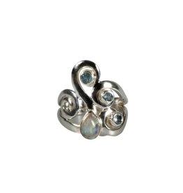 Zilveren ring maansteen (regenboog) en aquamarijn maat 17   druppel 7 x 5 mm