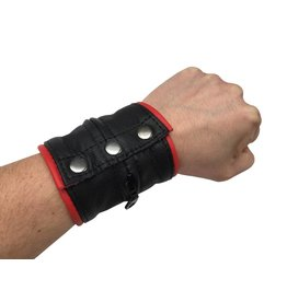 KIOTOS Leather Leather bracelet wallet red