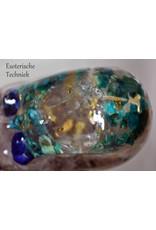 Orgonite Schedel El Morya IV met Bladgoud, Bergkristalbol, Chrysocolla, Lapis Lazuli, Rozenkwarts, Tibetaanse laserkwarts