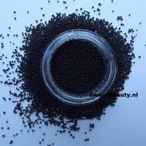 Nail art Caviar kralen zwart
