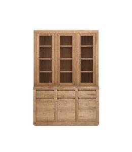 Oak Flat cupboard - 6 doors / 3 drawers