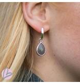 Viva zilverkleurige oorbellen met grijze druppel