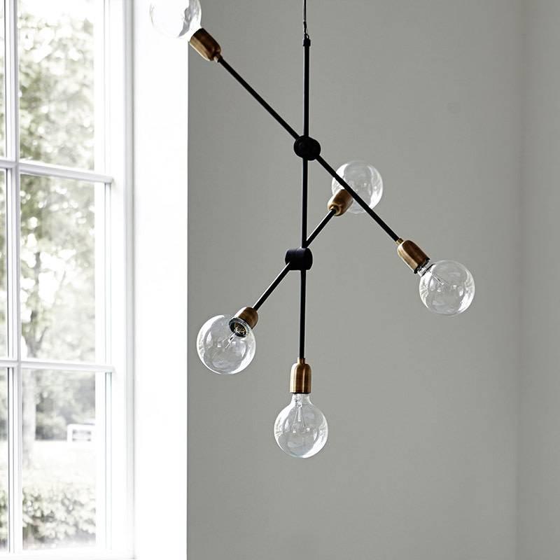 lampe suspension molecular house doctor livingdesign. Black Bedroom Furniture Sets. Home Design Ideas