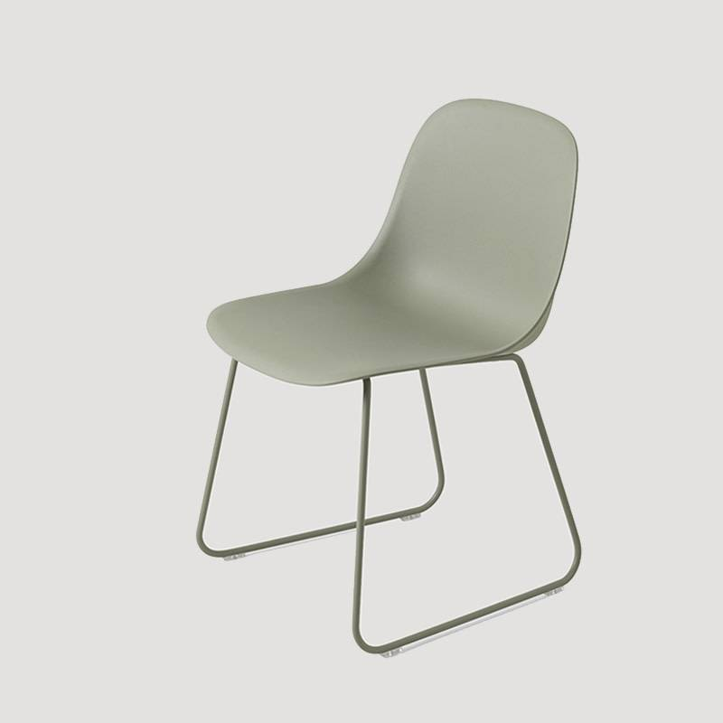 Muuto Fiber Side Chair pieds traineaux