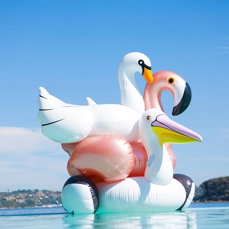 Sunnylife Luxe float figures gonflables