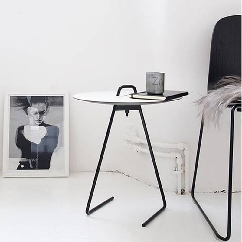 Moebe Side Table