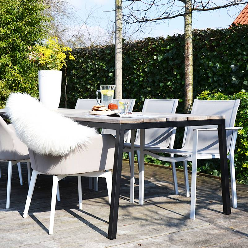 Opsmuk Table Outdoor (noir)