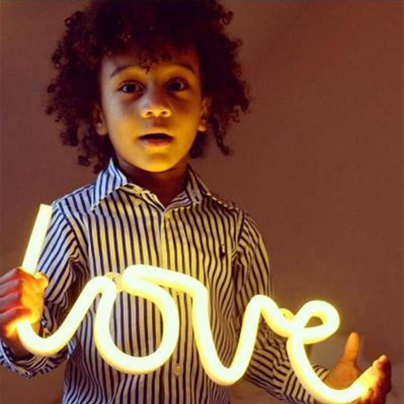 A Little Lovely Company Neon light Love