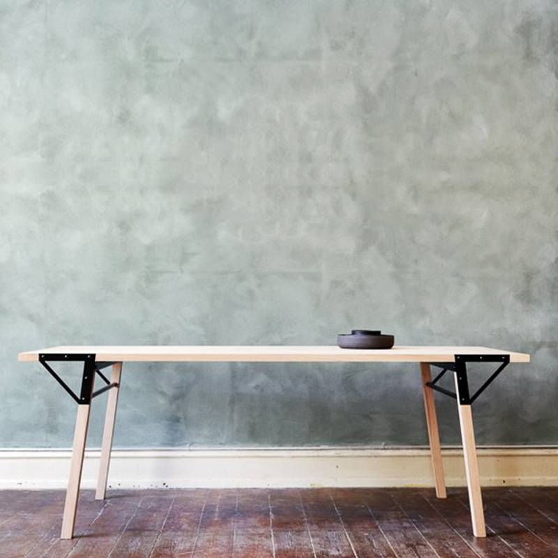 Frama Table T1