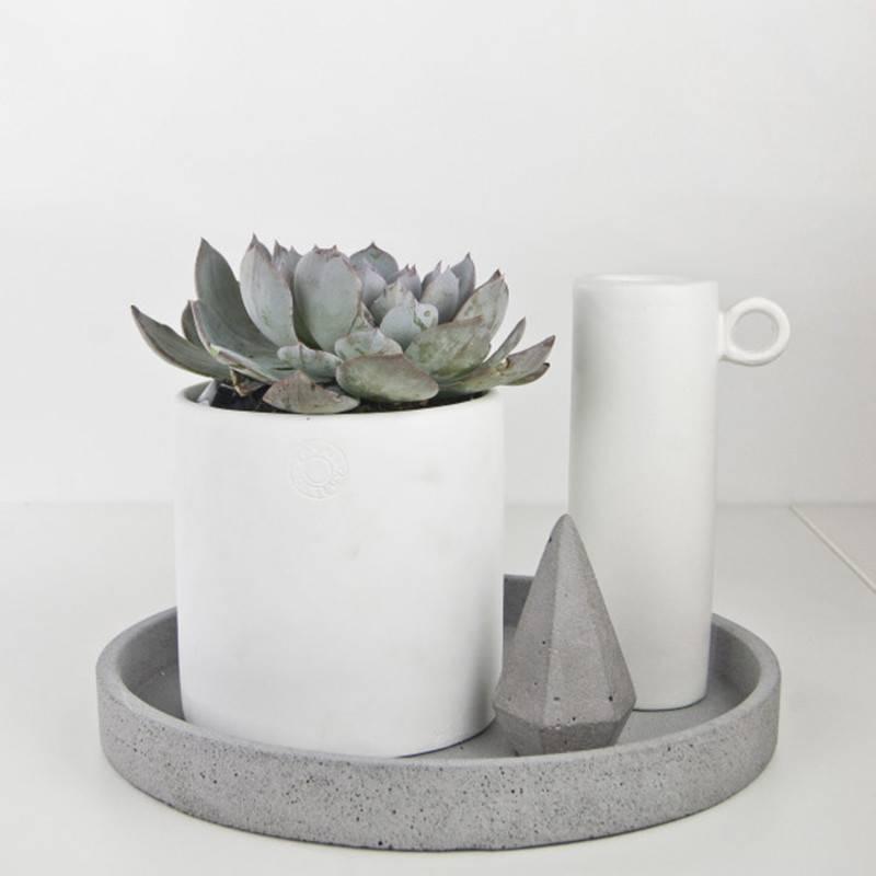 Zakkia Schaal beton