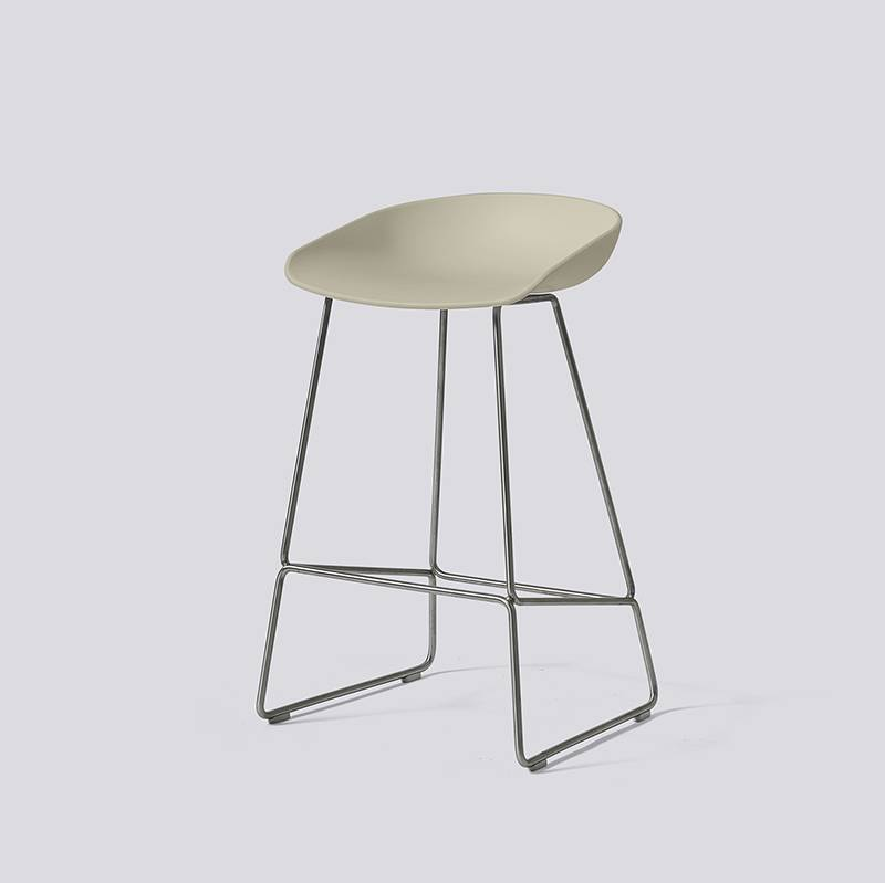 HAY Tabouret 'About A Stool' AAS38 avec frame inox
