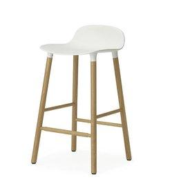Normann Copenhagen Form Barstool Eik wit 65 cm