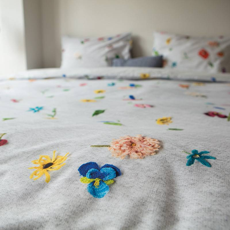 SNURK beddengoed Knitted flower dekbedovertrek
