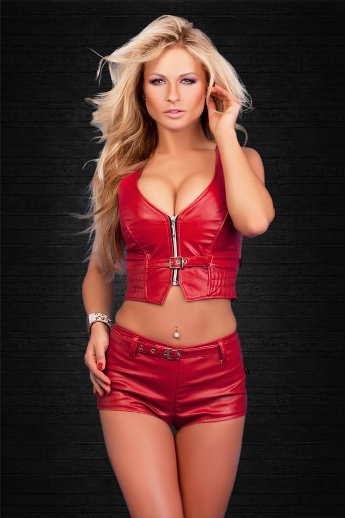SOLEIL-FASHION by XXX COLLECTION Rood leren hotpants met riempje